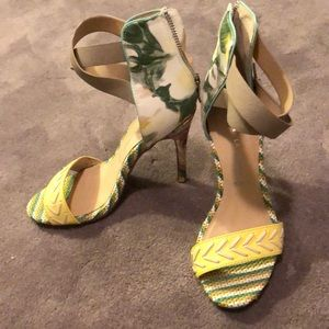 Chinese Laundry floral  zip back sandal heels
